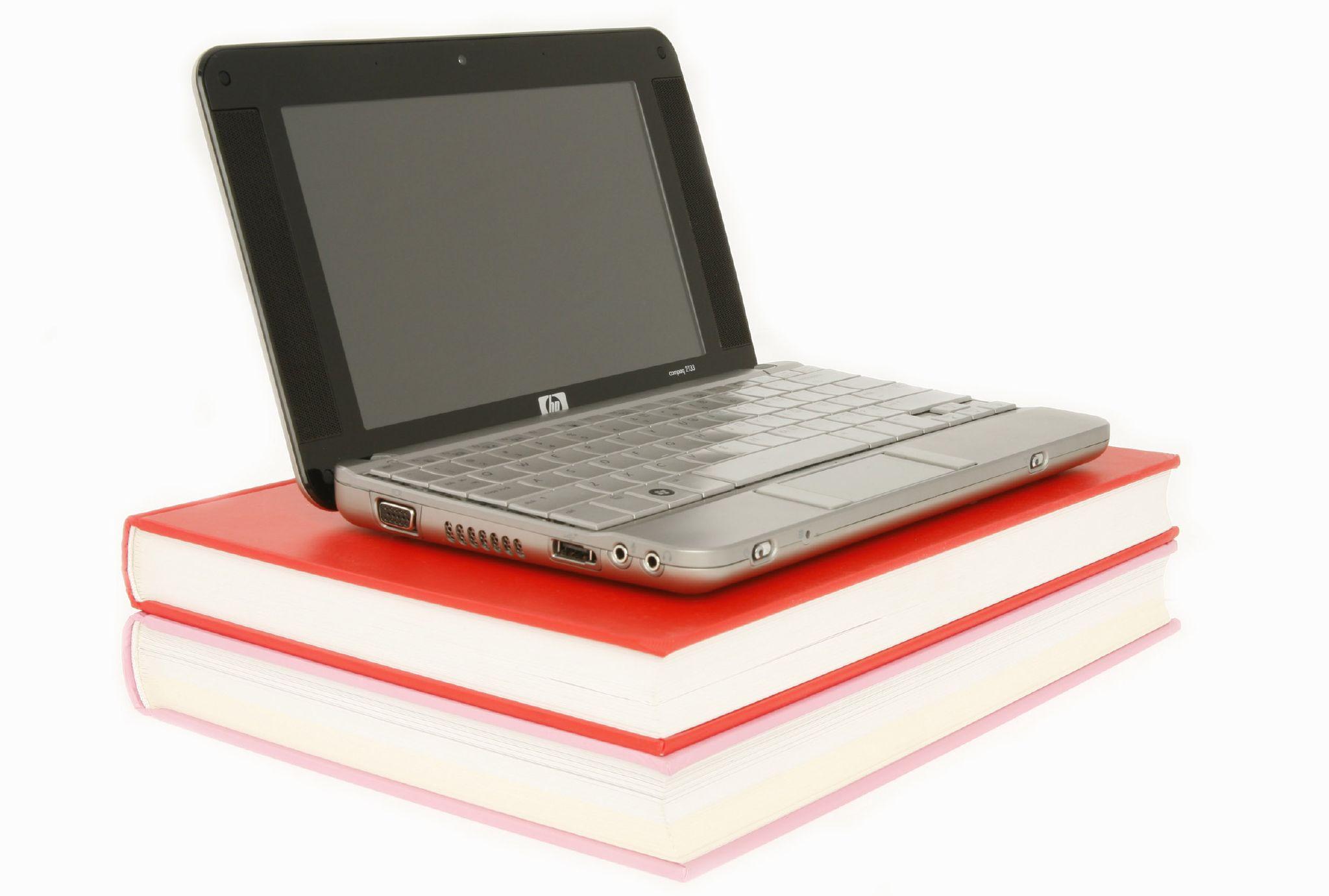 HP 2133 netbook